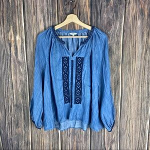 Crown & ivy top large chambray boho embroidery